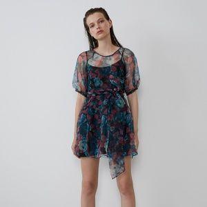 Zara VOLUMINOUS ORGANZA DRES black nwt Large